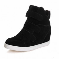 Women's Shoes Faux Suede Wedge Heel Wedges / Round Toe Fashion Sneakers Casual Black / Red