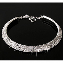 Dames Layered Diamond Necklace (Outer Diameter: 11 cm)